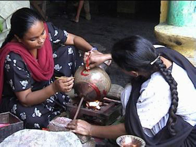 5 Villages In India That Are Famous For Handicrafts Unveiling The